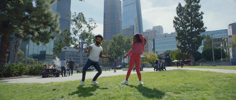 "Google Pixel 3: ""Playmoji Dance-Off"""